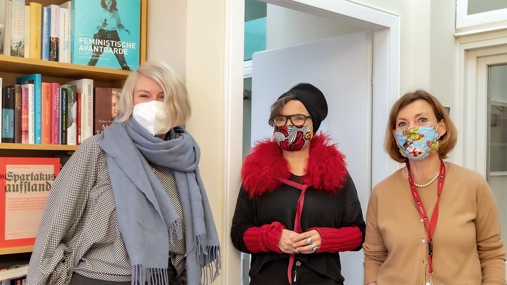 Im Studio: Kira Kirsch, Olga Flor, Renata Schmidtkunz